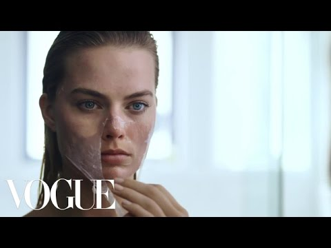 Margot Robbie's Beauty Routine Is Psychotically Perfect   Vogue