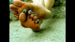 Repeat youtube video Long toenails. Dirty feet by Emma