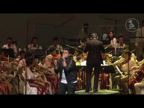 Endank Soekamti & The Rain - Terlatih Patah Hati ( Jogja Student Orchestra Konser Pendidikan 2016 )