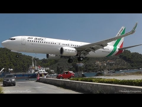 LOWEST 737 LANDING EVER! @ Skiathos, the second St Maarten | Air Italy 737-8BK crazy pilot!