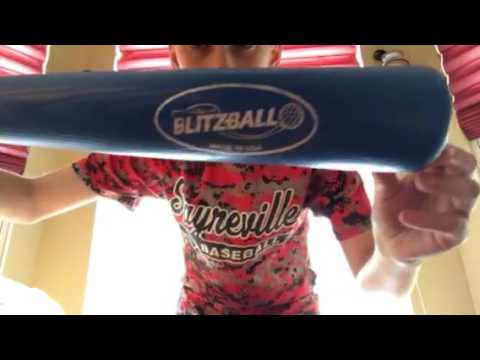 Blitzball bat and ball, wiffle ball UNBOXING