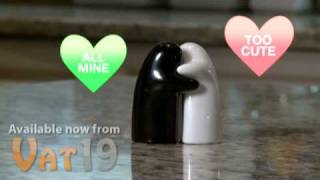 """hug"" Salt And Pepper Shaker Set"