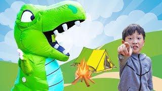 예준이와 공룡의 캠핑놀이 풍선 장난감 놀이 Dinosa…