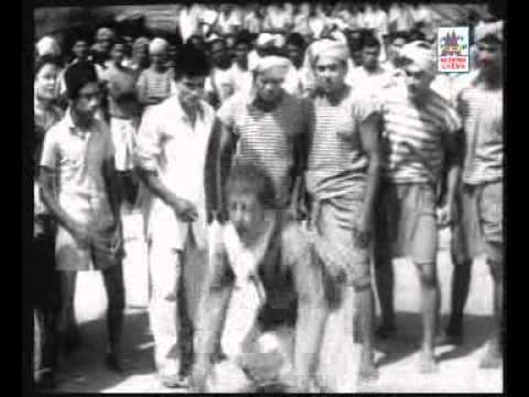 அண்ணாச்சி வேட்டி கட்டும் ஆம்பளையா நீங்க - Annachi veyti kaatum