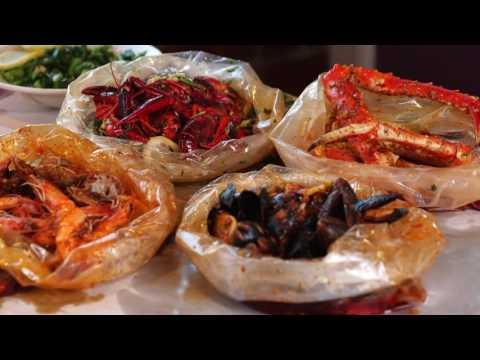 Shaking Crab - Newton, MA (Phantom Gourmet)