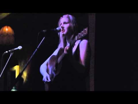 Melody Pool - Rhiannon (Fleetwood Mac cover, live 23 March 2014)