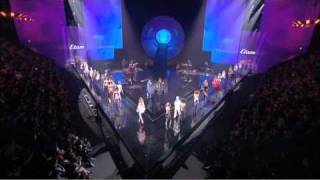 Mark Ronson & The Business Intl : Bang Bang Bang - LIVE @ Défilé Etam Lingerie 2011
