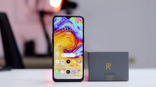 Realme 3 Pro resmi meluncur dalam sebuah acara di India hari Senin (22/4/2019). Smartphon sub-brand .