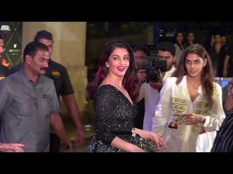 Aishwarya Rai's Most Beautiful Red Carpet Moment At Nyka Awards 2018