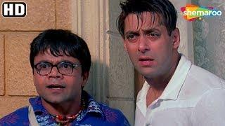 Download Video Salman & Akshay kumar's funny argument for Priyanka - Mujhse Shaadi Karogi - Comedy Hindi Movie MP3 3GP MP4