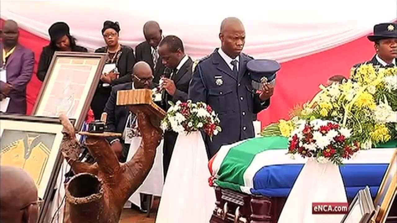 Chabane speaks of SA's grief at Mulaudzi funeral