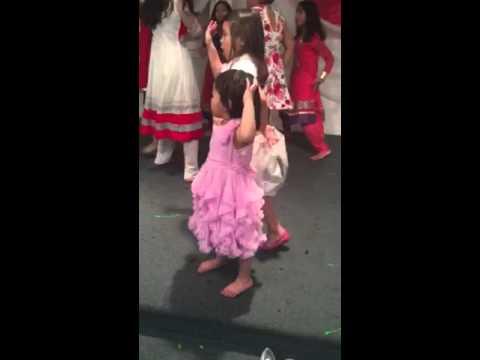 2little princess dancing Hindi song
