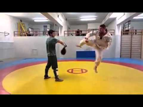 Taekwondo WTF & PRO Taekwondo Koryo Genova - calci ai colpitori