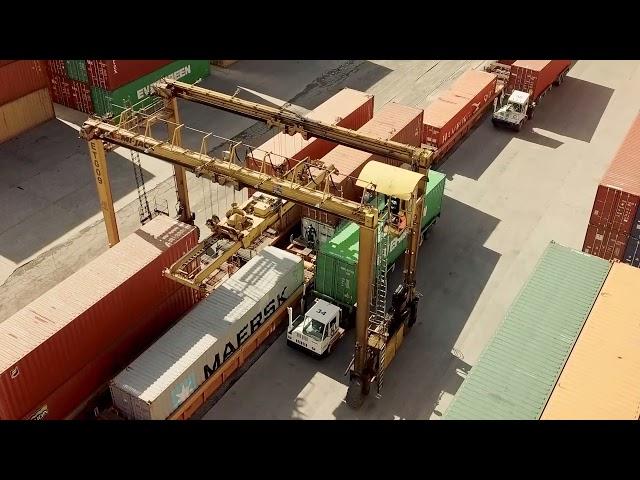El tren de carga es … eficiencia y capacidad.