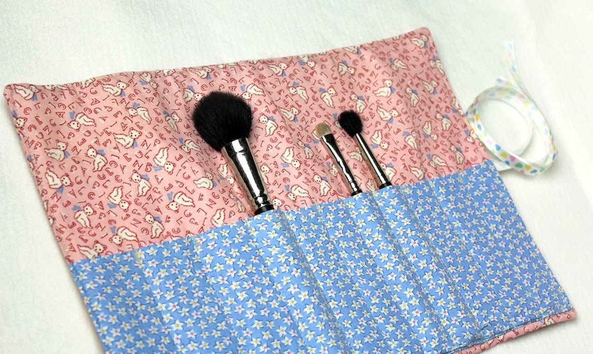 f09e948101 How-to  Makeup Brush Carrier by Crafty Gemini - YouTube