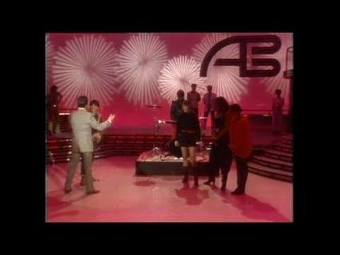 Dick Clark Interviews Chas Jankel - American Bandstand 1983