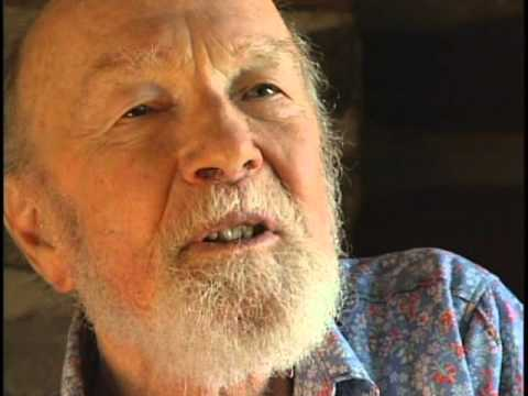 Pete Seeger talks about The Almanac Singers, etc. (2006)