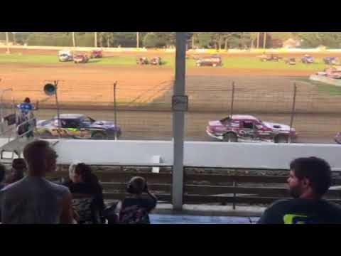 Cresco speedway USRA Stock car heat 2 8/12/18