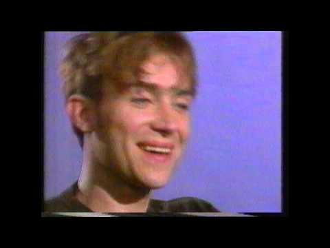 Oasis V Blur 1995 News Reports BBC & London Tonight