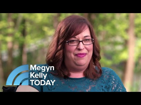See Woman Meet Her Birth Mother For The First Time Live | Megyn Kelly TODAY