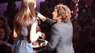 Josh Groban with Maude!! Straight to you world tour, Montreal, Canada