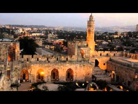 Erev shel shoshanim. Canción israelí interpretada por Quilapayún.-