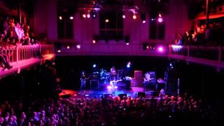 8 Smashing Pumpkins - Tonite Reprise & Tonight, Tonight Paradiso Amsterdam 26-7-2013 HD