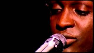 Corneille - On regarde (Live)