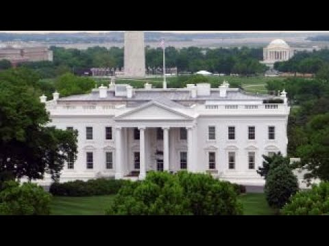 Eleven-year-old offers to mow White House lawn