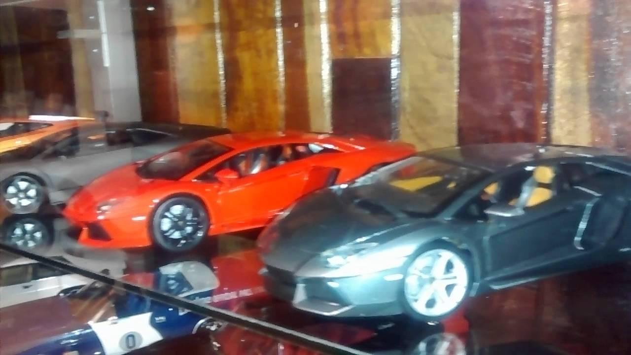Mi coleccin de carros a escala 118 VID 20140629