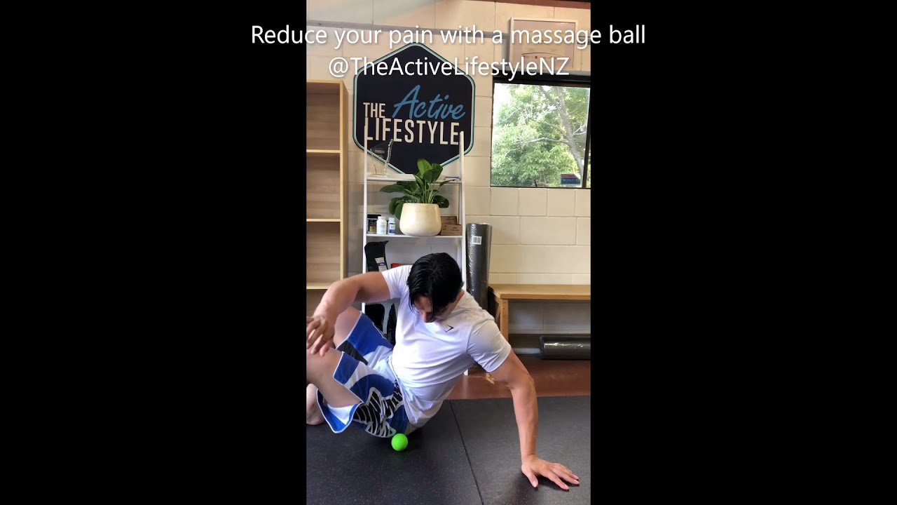 60 SECONDS TO REDUCED PAIN WITH A MASSAGE BALL
