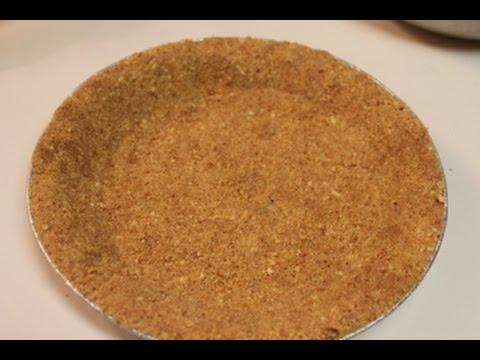 How to make a Homemade Graham Cracker Pie Crust | I Heart Recipes