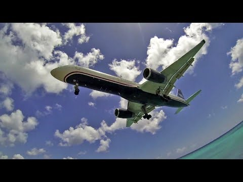 Planespotting SXM - Sint Maarten! More than 70 takeoffs & landings.