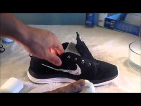 How to clean Nike FlyKnit Lunar 1's - VLOG #1 University of Shoe Cleaning