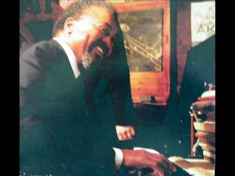 Resultado de imagen de Gene Harris & Roger Kellaway - Senor Blues/Splanky [HQ version]