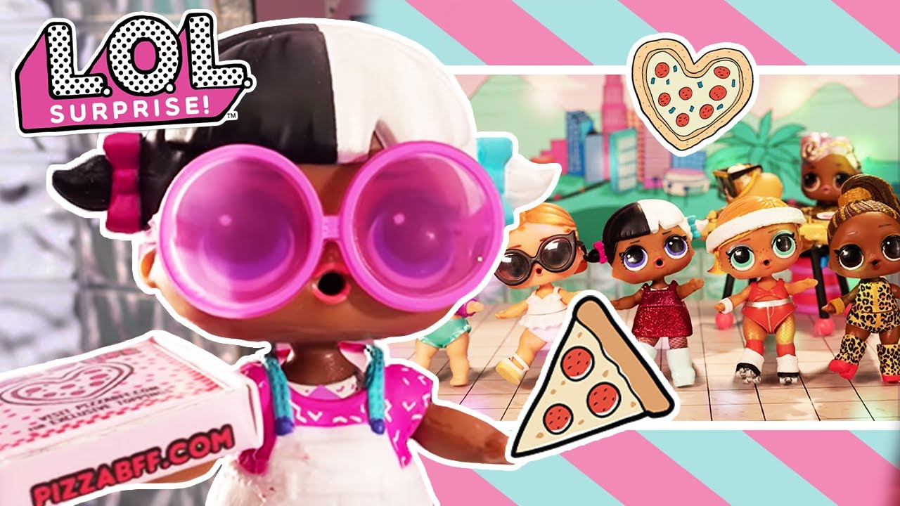 L O L Surprise Dolls Pizza Party With Voice Over Stop Motion Cartoon Youtube