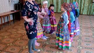 Обучение семейским танцам стажер Н.П.  Галко (д/с. Подснежник с. Бичура)