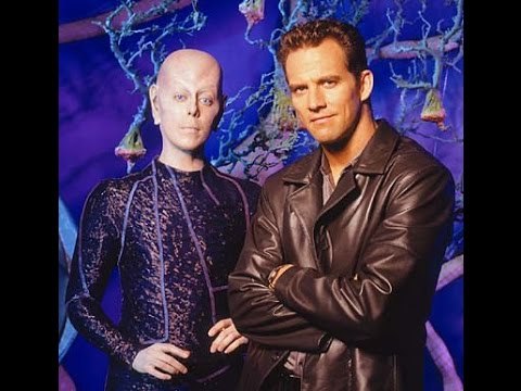 Robert Leeshock: Star of Earth:Final Conflict, on board with Rocketstar