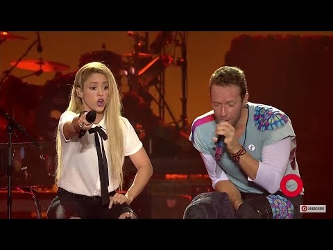 COLDPLAY ft. SHAKIRA - Chantaje LIVE (Chris Martin singing in Spanish)