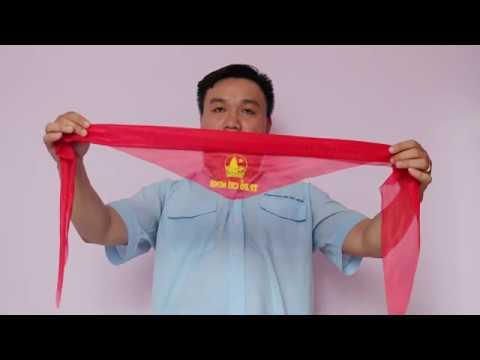 Hướng dẫn thắt khăn quàng đỏ đúng cách trước khi đến trường