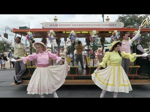 Surprise Breakfast, Strictly Main Street USA, & Everything Hollywood!   Rainy Park Day