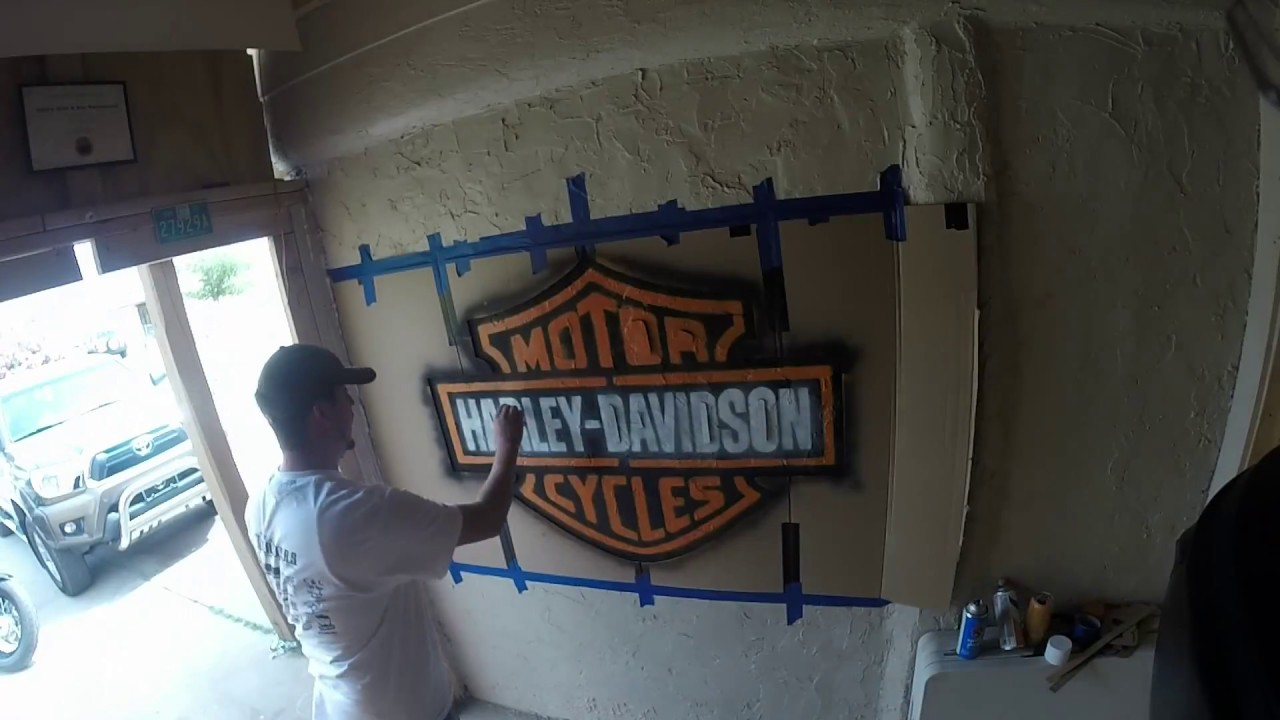 How To Spray Paint A Harley Davidson Sign Youtube