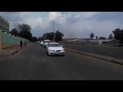 S18E105 The JOBURG Police hunt the Minibus Taxi