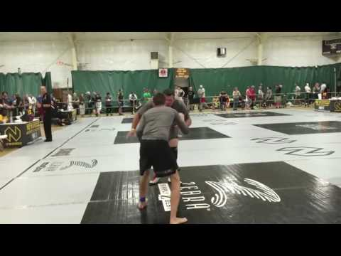 155lb Teen vs 340lb Wrestler in BJJ Tournament - Advanced Absolute