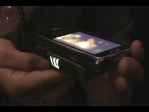 LG eXpo Phone - Pico Projector Demo