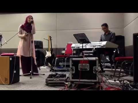 Selama ku bernafas (cover by salmaasis)