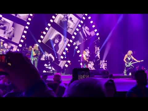 Def Leppard - London O2 Arena 6th Dec 2018 - Photograph