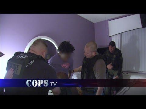 Coming Out the Closet, Deputy Tammy Davis, COPS TV SHOW