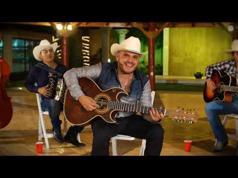Alfredo Rios El Komander - ¨Me Pasas Tu WhatsApp¨ - Musical