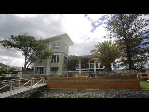 Gold Coast Holiday Home - Main River Magic